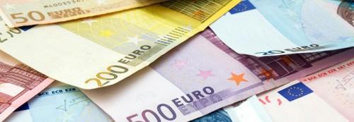 Dinero, billetes de euros, ahorro